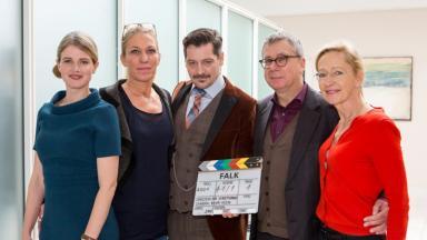 "Drehstart ""Falk"" vl.  Mira Bartuschek (als Sophie), Caren Toennissen-Brandt WDR,  Fritz Karl (Falk), Gebhard Henke, Bea Schmidt (Produzentin Bavaria),"